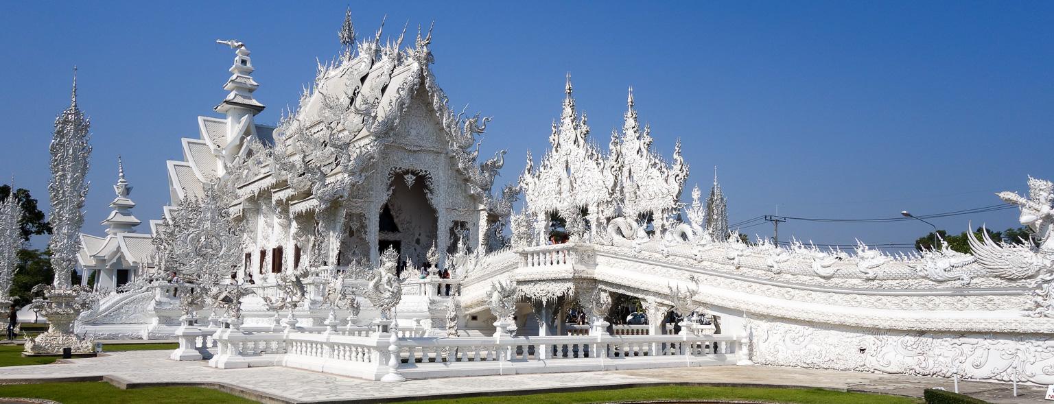 The White Temple Wat Rong Khun In Chiang Rai 1